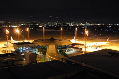 Aeroporto Internacional De Guarulhos Telefone : Aeroporto internacional de brasília df telefone vôos e